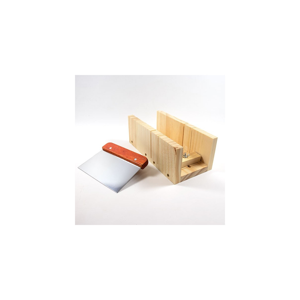 Découpeur pour savons en bois