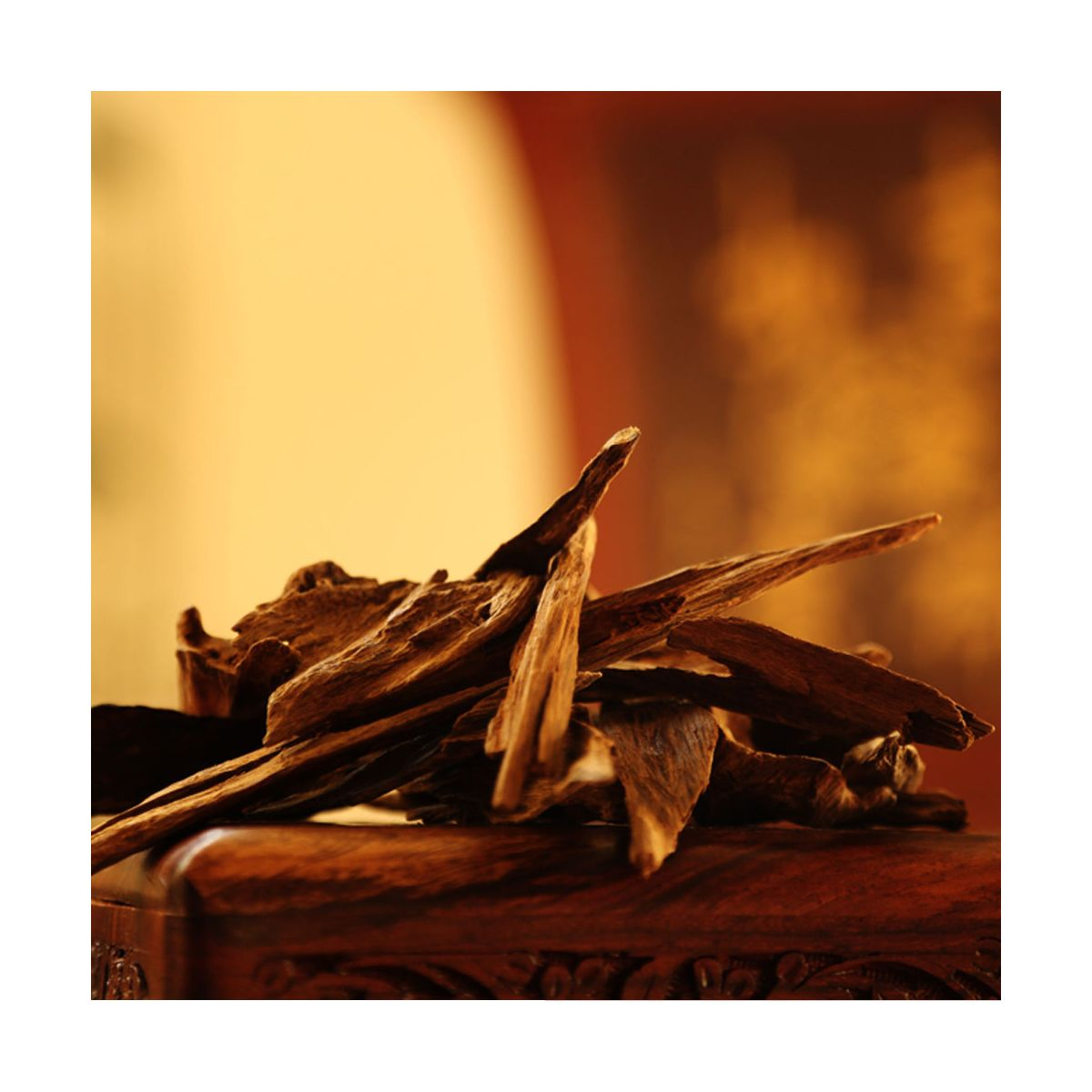 Fragrance Oud wood